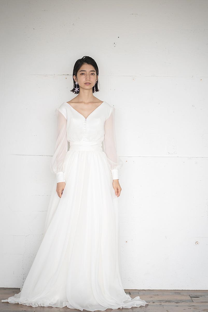 パフスリーブドレス