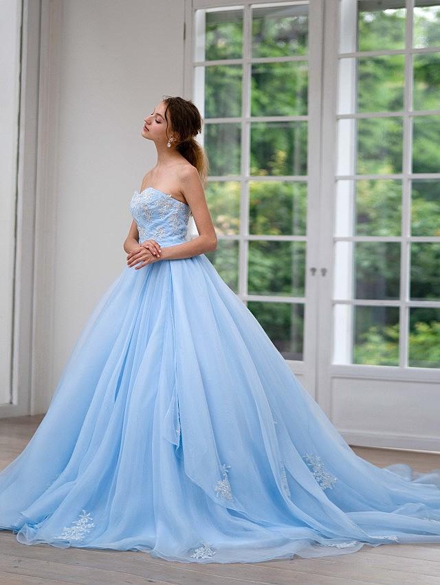 Helena(ヘレナ)ライトブルーのオーガンジードレス