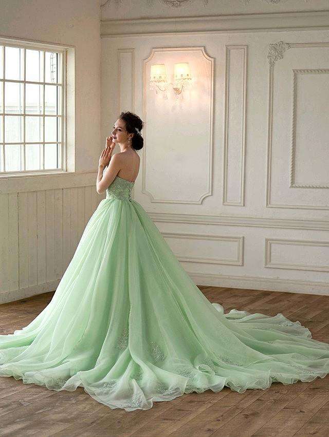 Helena(ヘレナ) ペールグリーンのオーガンジードレス