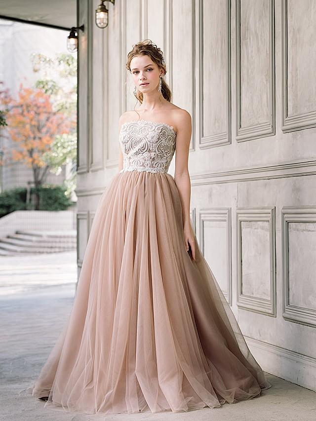 ダスティピンクカラーのAラインドレス