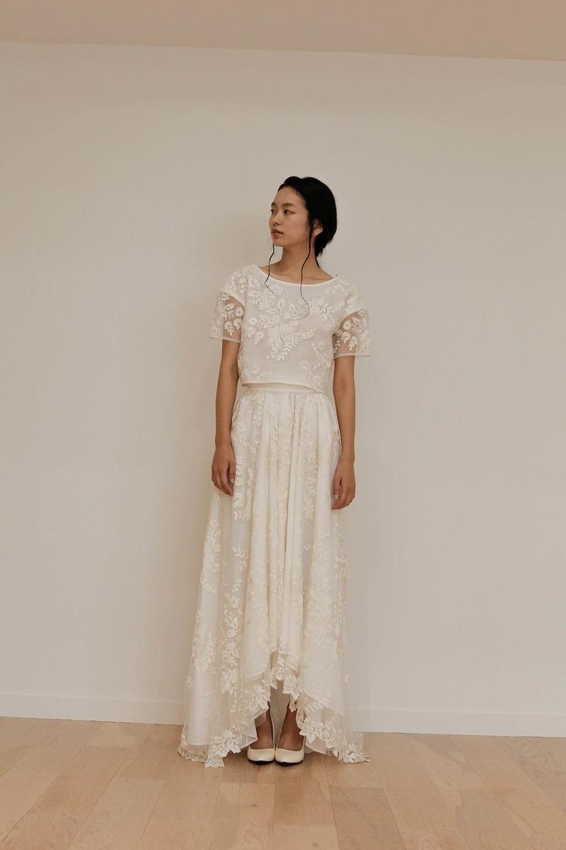 グラデーション刺繍ドレス
